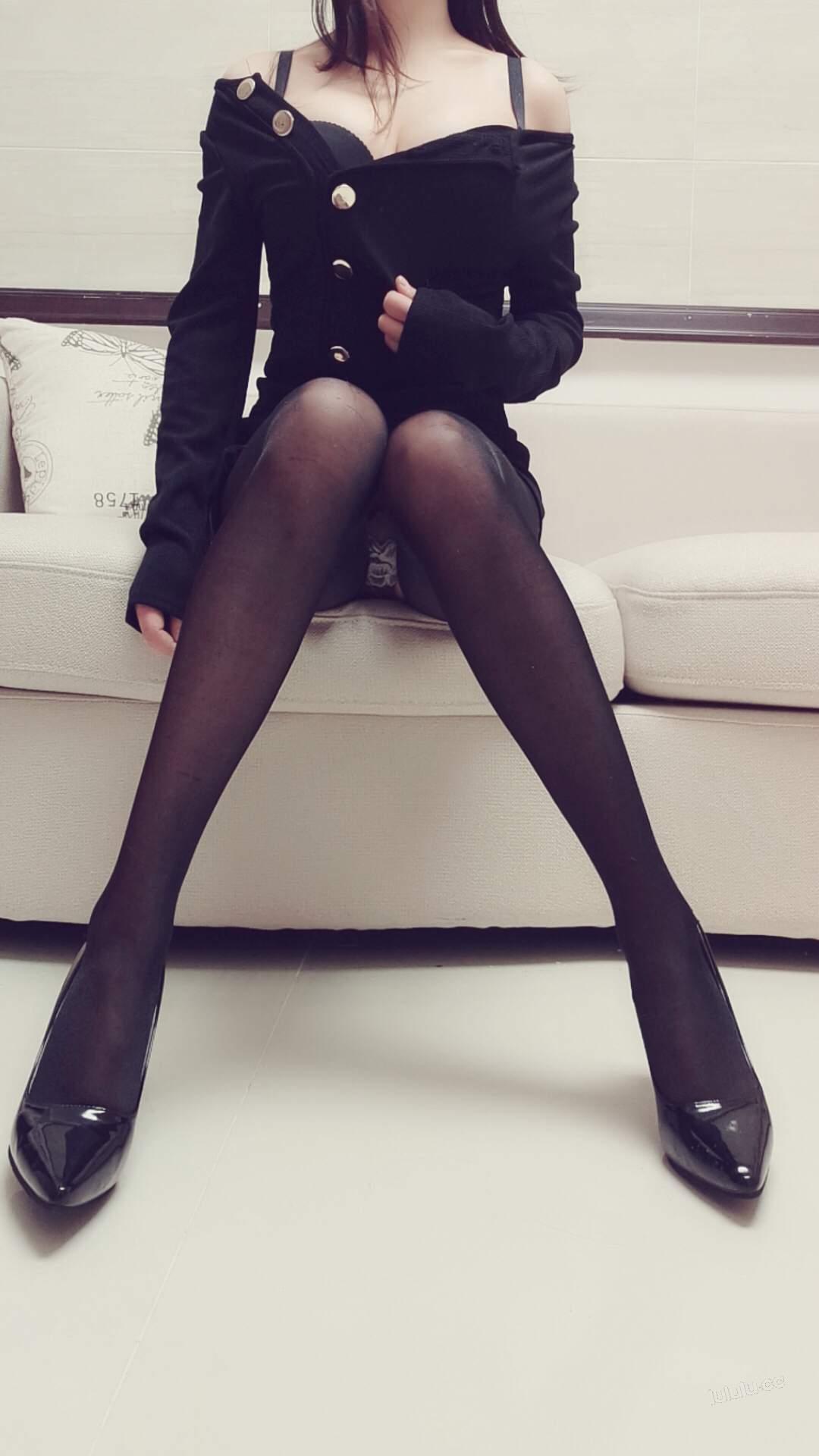 【Cosplay】麻酥酥哟-黑色常服黑丝会员版 40P+6V COS-第1张