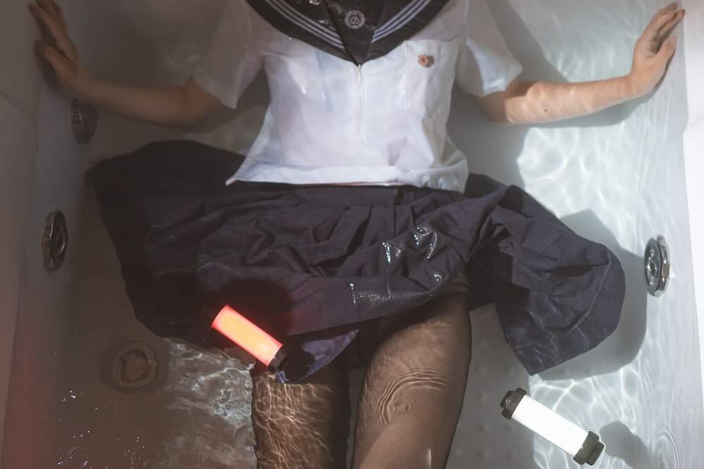 【Cosplay】面饼仙儿 – 脑内少女 浴缸黑丝【250M】 COS-第3张