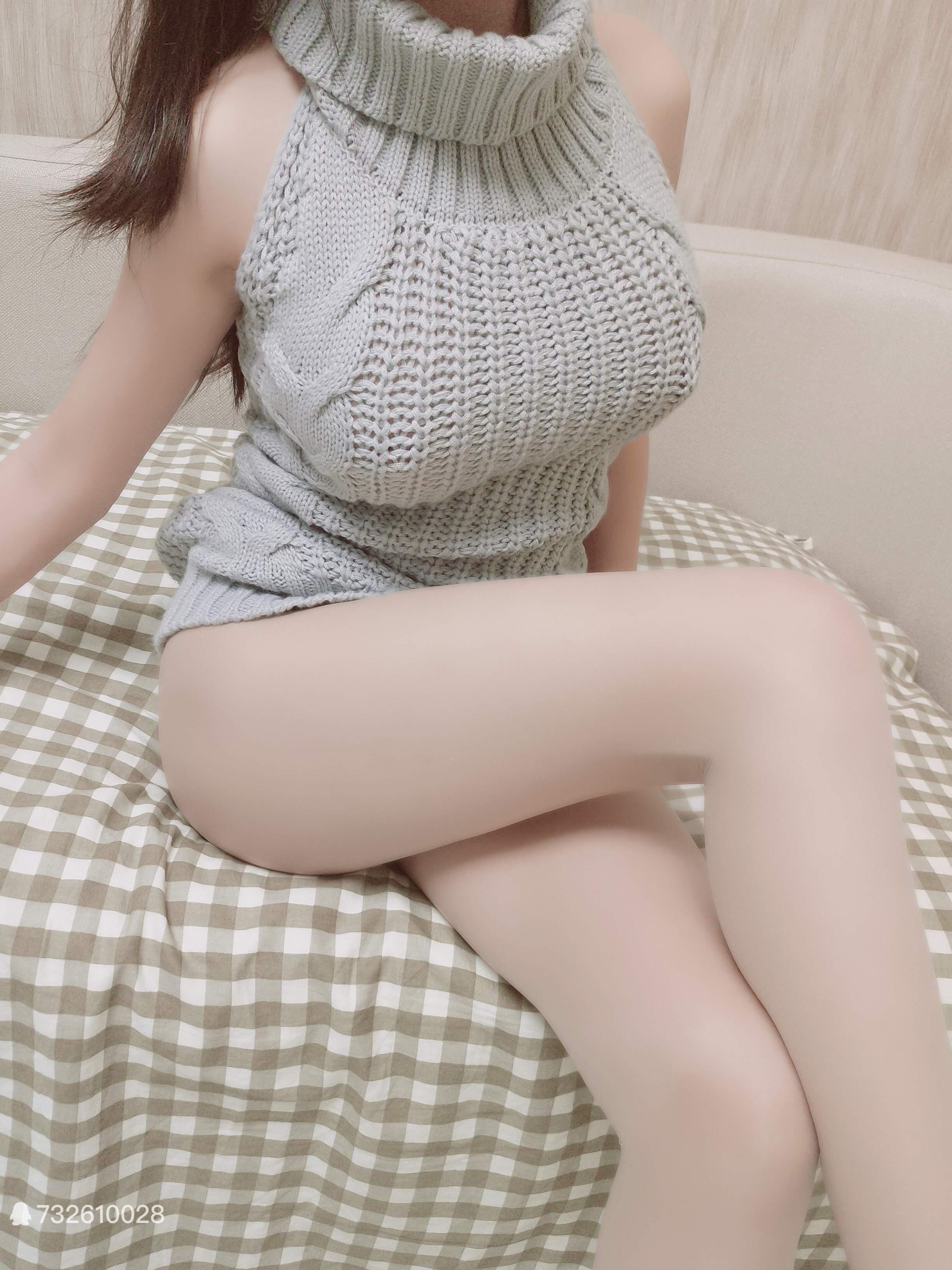 【Cosplay】麻酥酥哟-露背毛衣 39P+3V